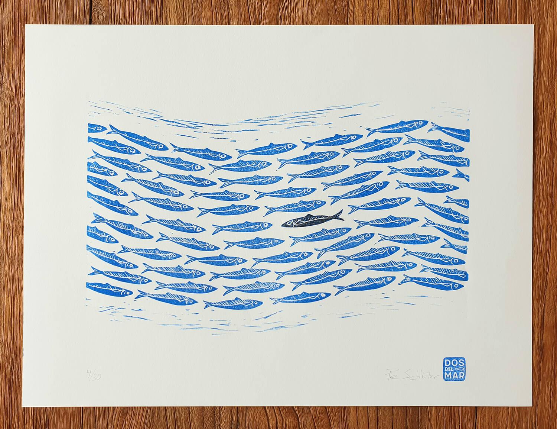Fertiger Linoldruck/Kunstdruck: Sardinenschwarm, Fische, Sardinen, Meer